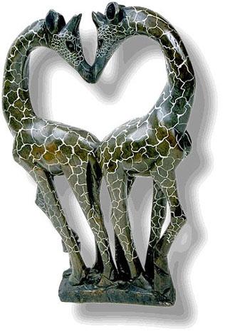 giraffes in love figurine